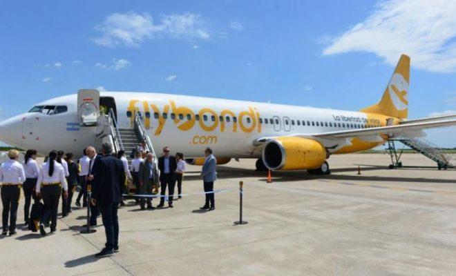 Piden suspender la actividad de Flybondi