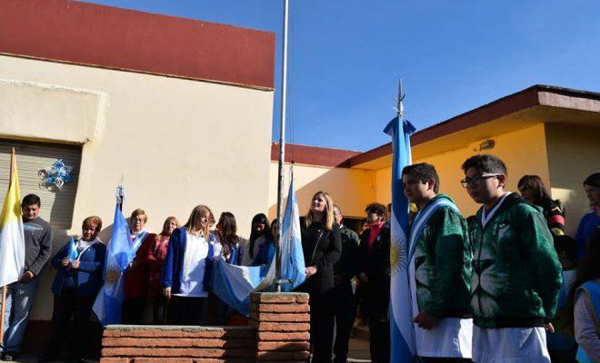 Festejos del Día de la Bandera en Villa San Isidro