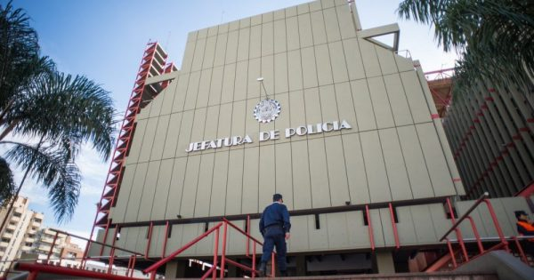 Se investiga un supuesto faltante de 1500 armas de la Policía de Córdoba