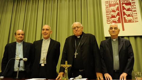 La Iglesia confirmó que el Gobierno hará una quita en los fondos públicos