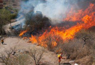 Bomberos lograron contener el incendio en Villa María de Río Seco