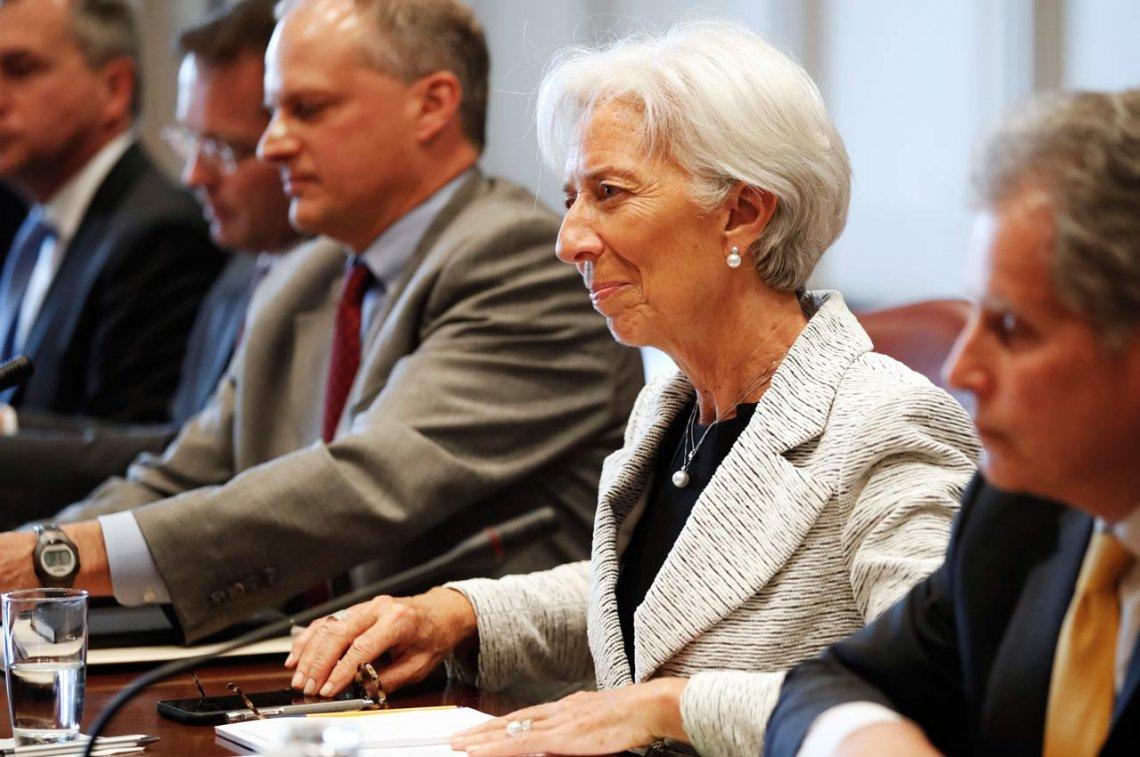 El FMI aprobó un crédito menor al anunciado y enviará u$s 5.7000 millones