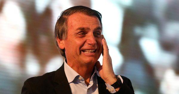 Bolsonaro se impuso en las votaciones pero habrá segunda vuelta