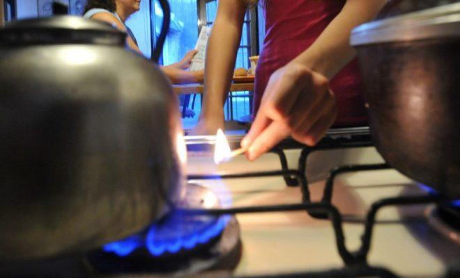 El Gobierno ratificó el cobro extra de gas y los usuarios presentan amparos