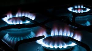 Polémica decisión: los usuarios deberán pagar un extra a las empresas de gas