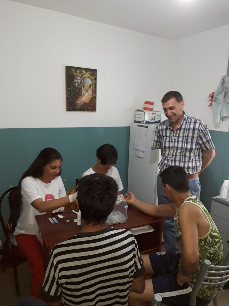 Continúan hoy los testeos gratuitos por VIH y sífilis