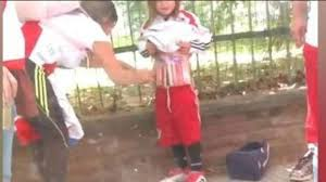 Fue detenida la mujer que colocaba bengalas a su hija
