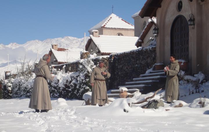 Imagen ilustrativa de los monjes de Cristo Orante