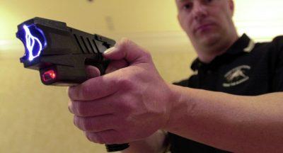 Pistolas eléctricas, lo nuevo de Bullrich