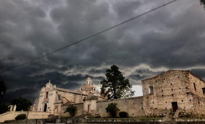 Alerta por lluvias y tormentas fuertes en Córdoba