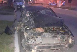 Un camión estacionado en la vía pública casi provocó una tragedia