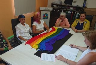 Villa San Isidro celebró el primer casamiento igualitario de la zona