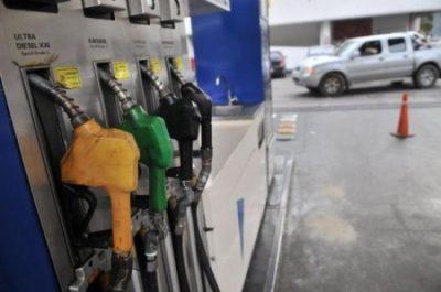 Fecac anunció subas en la nafta entre un 3% y un 5%