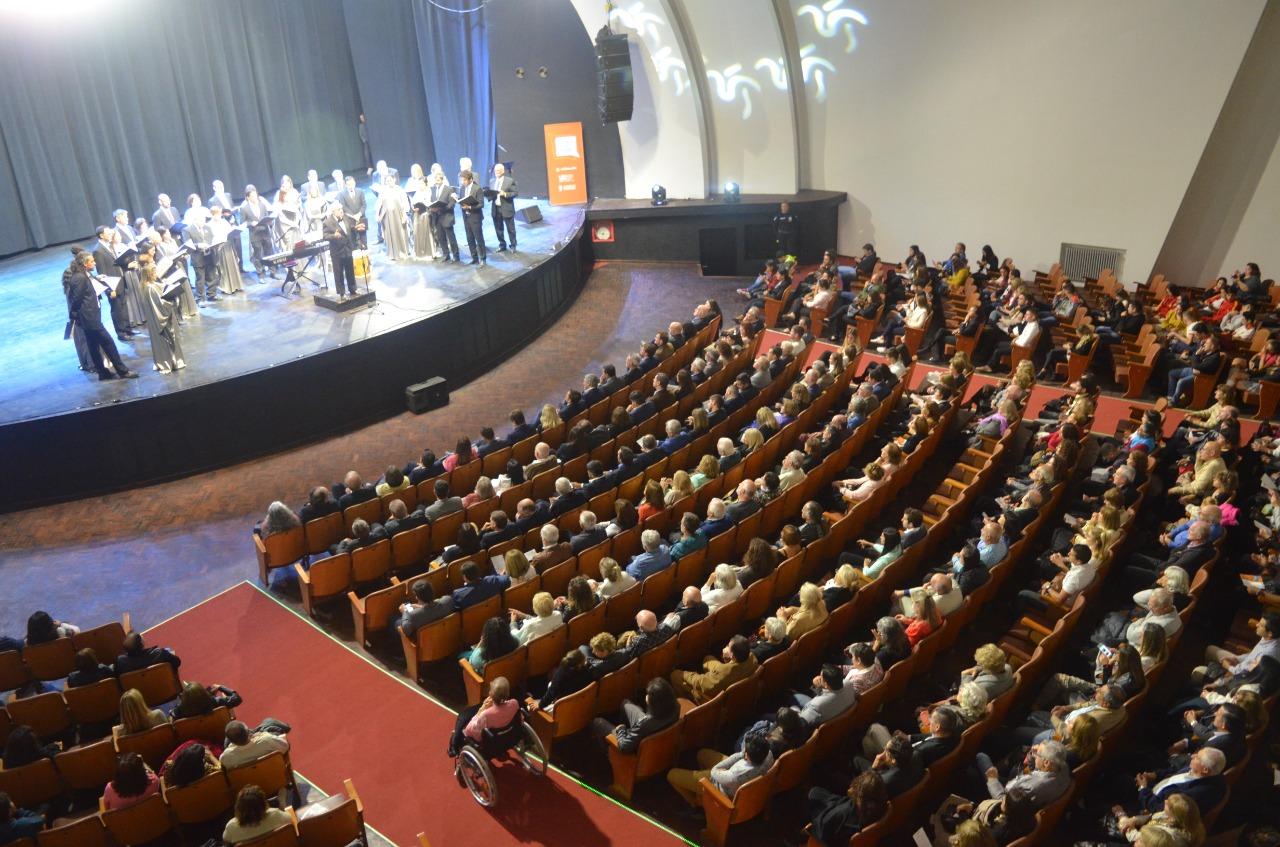 Continúa la entrega de entradas para la reapertura del Cine Monumental