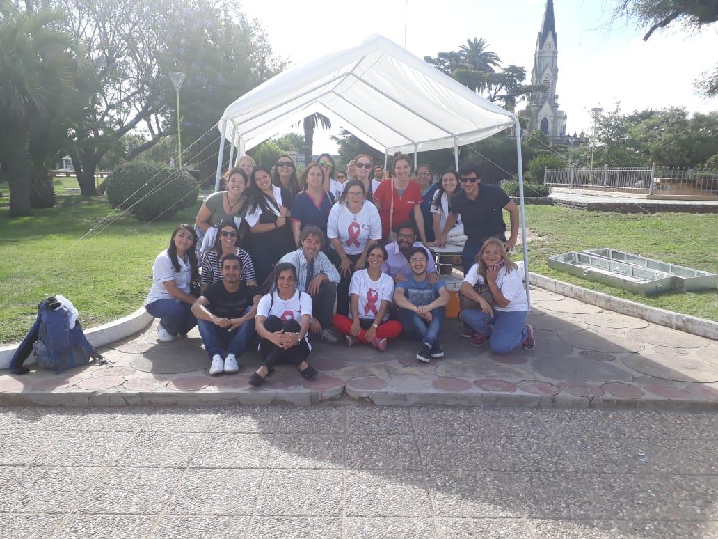 Equipo de profesionales que trabajaron en la campaña del HIV