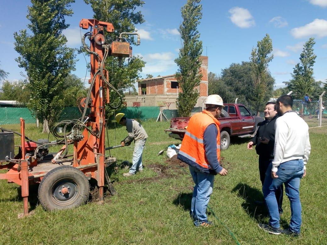 Anisacate: comenzó la construcción de la nueva escuela primaria