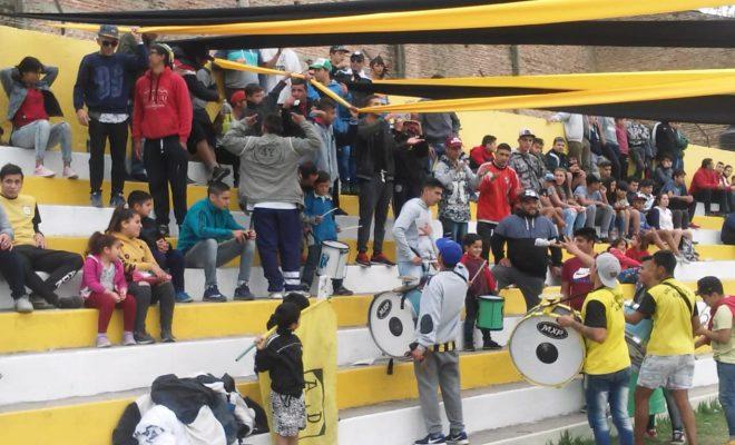 Fútbol: un entonado Deportivo Norte recibe hoy a Villa Siburu