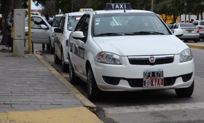 Taxistas: un conflicto lleno de verdades a medias