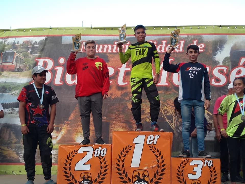 Gonzalito Luna y Pablo Cid en lo más alto del podio del Provincial de Enduro