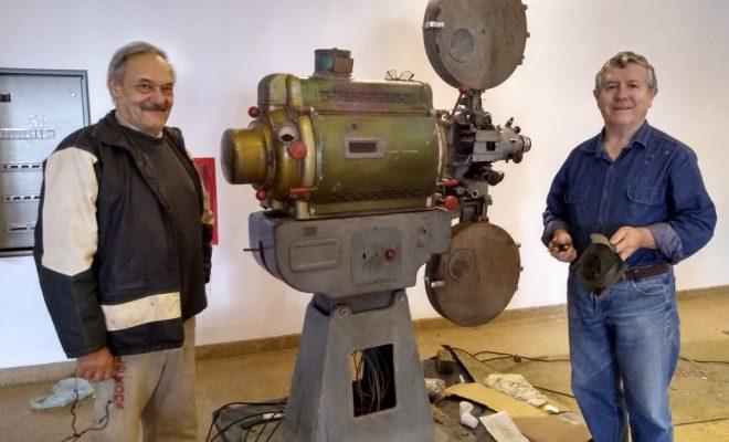 Cinema Paradiso: Reparando la máquina de proyectar sueños