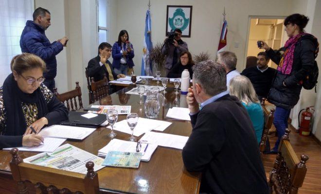 Otra mañana movida en el Concejo: destitución de Secretario, reforma del cupo y aumento de sueldos