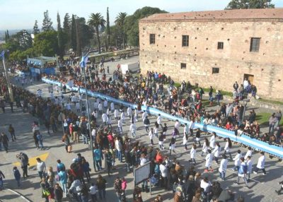 ¿Cómo participar del tradicional desfile del 25 de mayo en Alta Gracia?