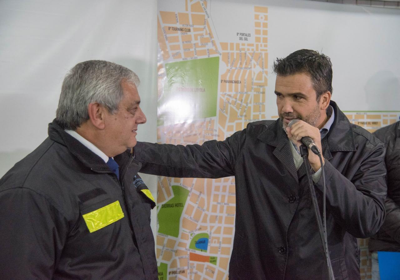 El Sr. Peralta junto al Intendente de la Ciudad