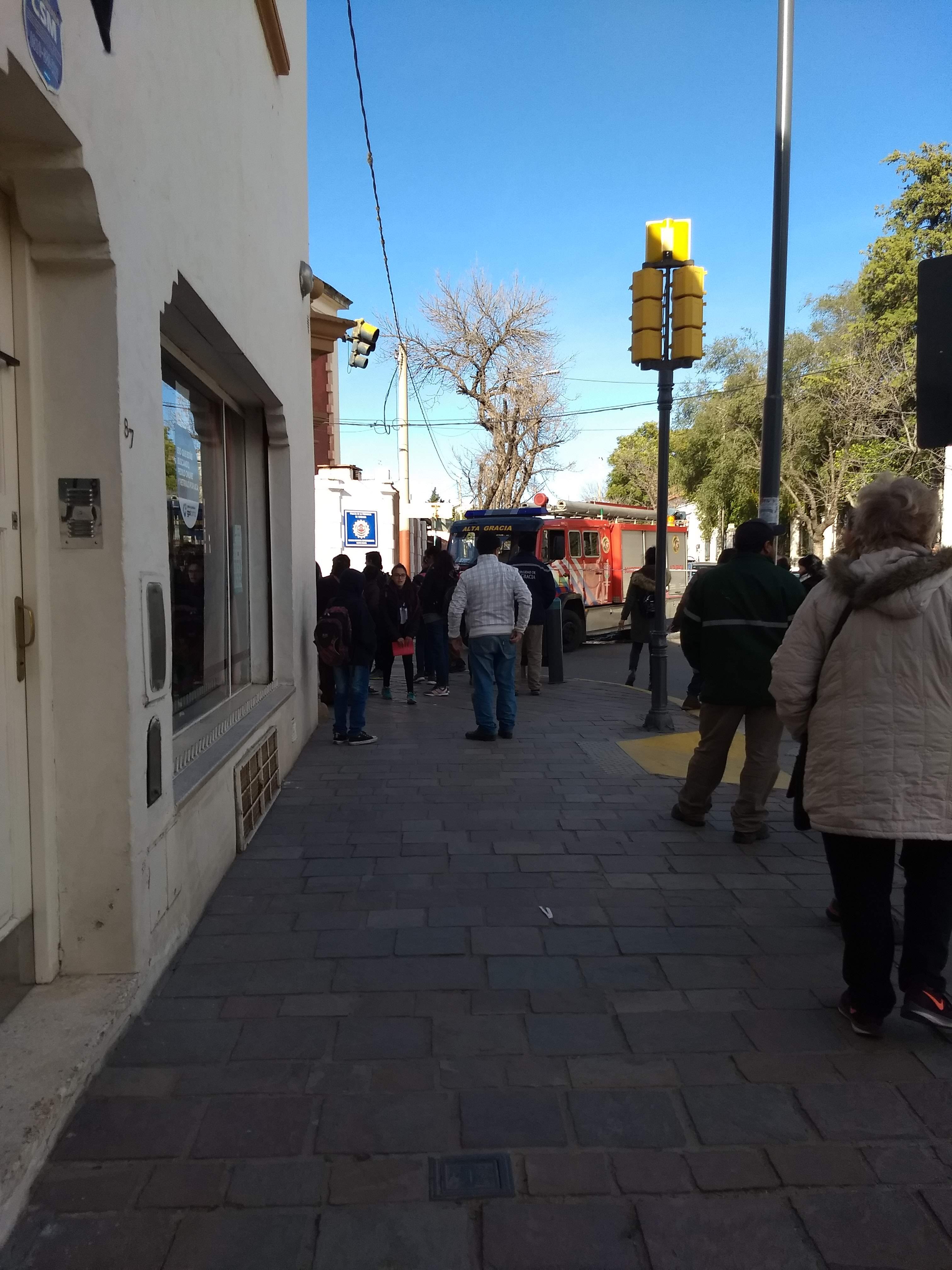 La calle España ya está habilitada para la cirulación