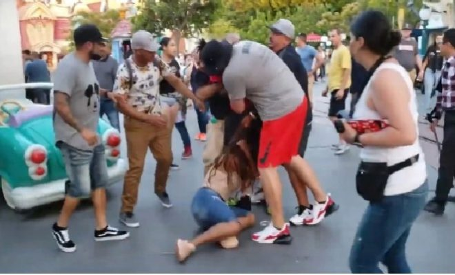 La brutal batalla campal que aterrorizó a niños e indignó a Disney