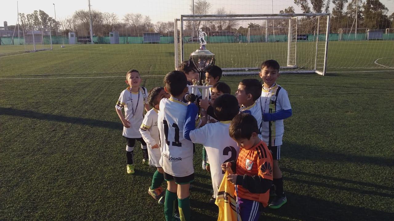 Torneo Relámpago de Liga Cordobesa: el Depo se trajo casi todo lo que disputó