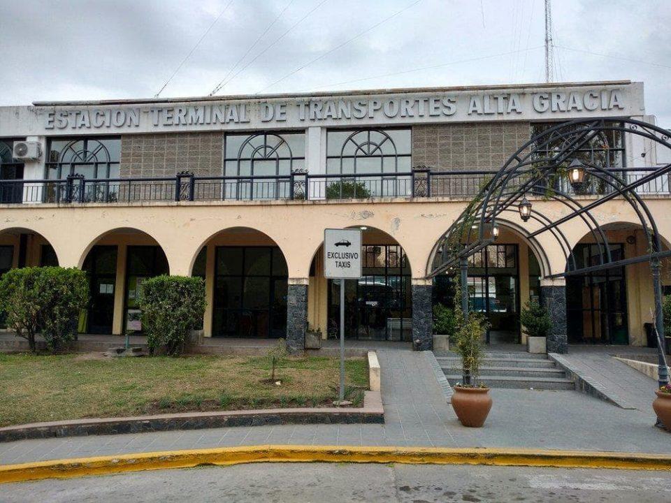 Domingo de elecciones en barrio El Cañito