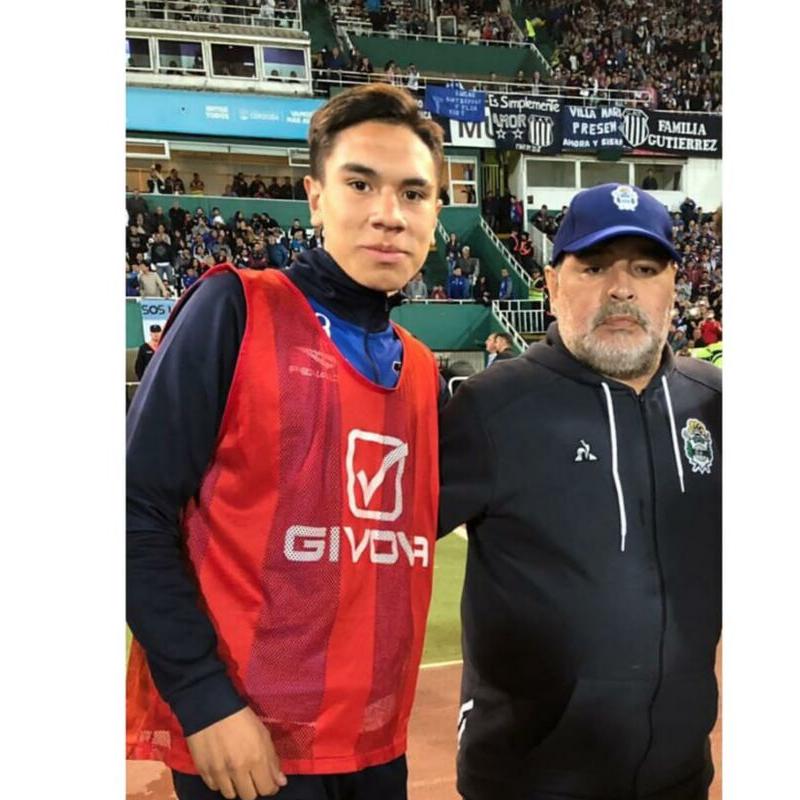 """""""El sueño del pibe"""": Lautaro Verón y su foto con Maradona"""
