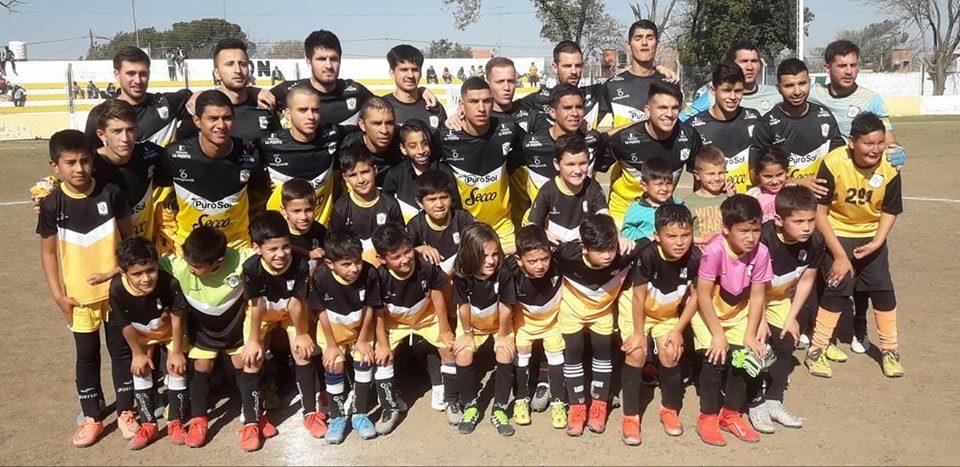 Desde las 16, se la juega ante Los Andes en Córdoba