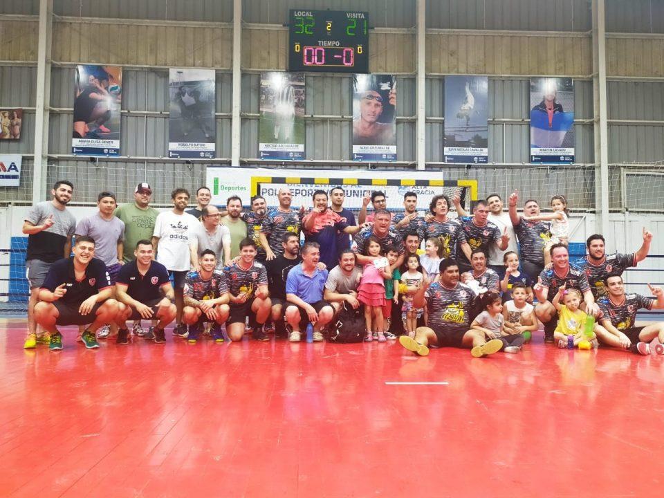 El equipo Maxi Handball se consagró campeón de la Liga Recreativa
