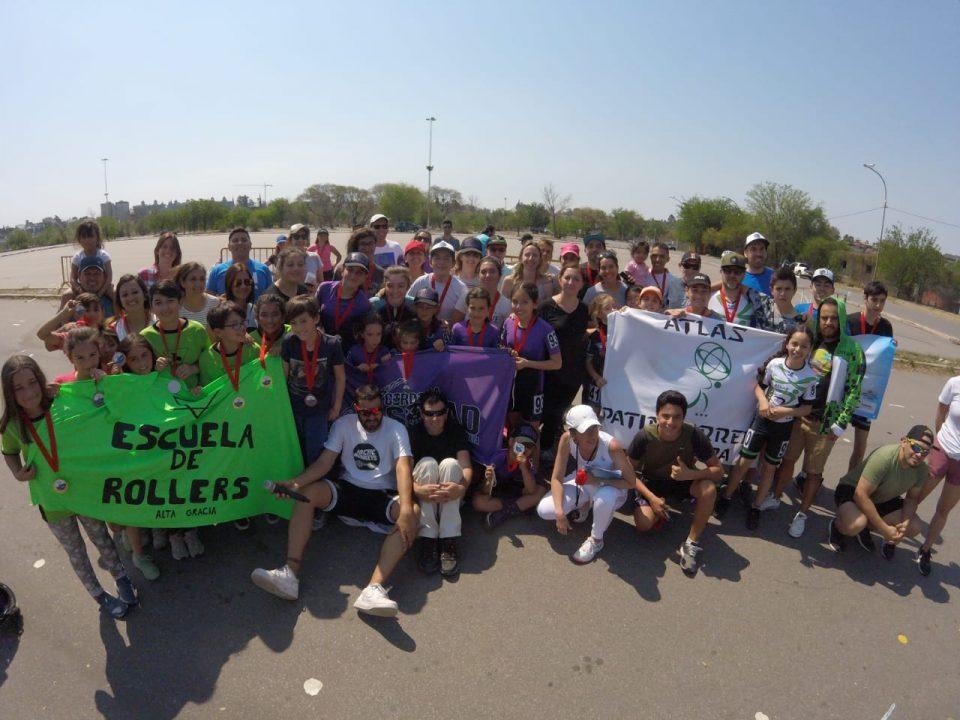 Más de 300 personas practican roller en Alta Gracia