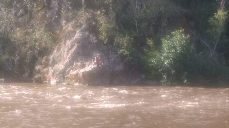Creciente en el río Anisacate: tres personas fueron rescatadas