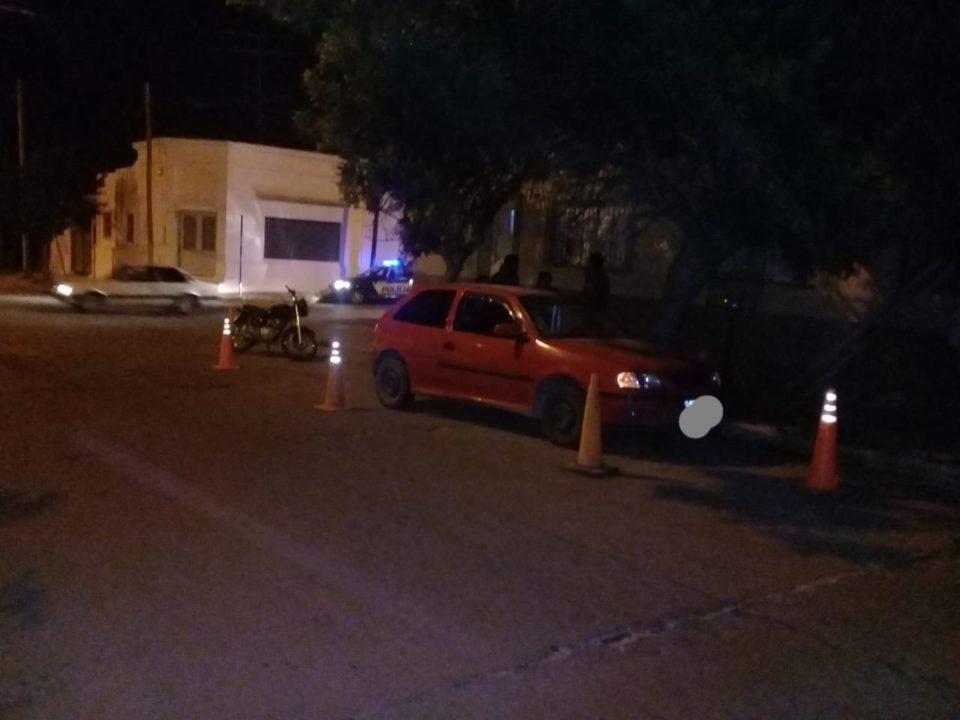 Dos motociclistas con traumatismos leves luego de un choque en Barrio Sur
