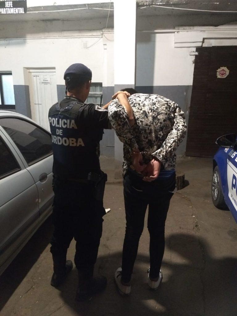 Dos personas quedaron detenidas luego de robar en una tienda céntrica