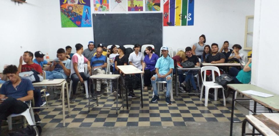 La charla estuvo a cargo de profesionales de la Secretaría de Salud y Desarrollo Social.