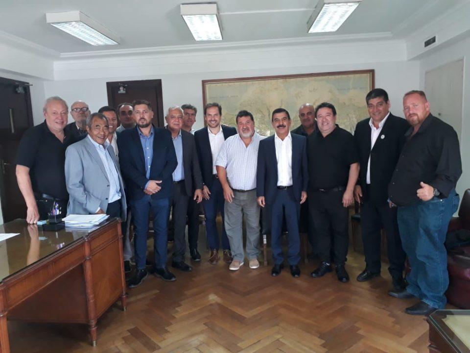 Estuvieron presentes casi todos los intendentes y jefes comunales alineados con el Partido Justicialista.