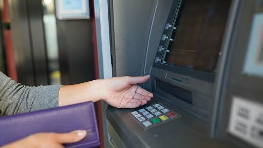 Las autoridades del Banco de Córdoba explican nuevas modalidades a los fines de facilitar los trámites.
